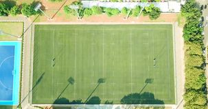 Vogelperspektive des Rugbyfeldes in Jakarta stock footage