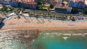 Vogelperspektive des Santa Barbara-Schlosses in Alicante, Spanien stock video footage