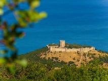 Vogelperspektive des Schlosses von Platamon, Pieria, Mazedonien, Griechenland stockbilder