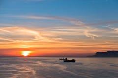 Vogelperspektive des Sonnenaufgangs an Palermo-Hafen, Sizilien lizenzfreie stockfotografie