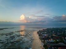 Vogelperspektive des tropischen Strandes Lizenzfreies Stockbild