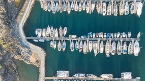 Vogelperspektive des Videos der Draufsicht 4K UHD Hafen Teneriffa-Kanarengirlitz Spanien-Brummens Lizenzfreie Stockfotografie