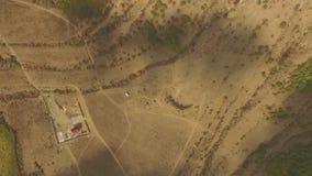 Vogelperspektive des Wüstengebiets eine erstaunliche Landschaft für Geologie mit unglaublichen Sandbildungen und Falten in der Er stock footage