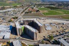 Vogelperspektive einer Baustelle in Cal Poly Pomona-Campus lizenzfreie stockfotografie