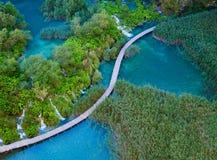 Vogelperspektive im Plitvice See-Nationalpark Lizenzfreie Stockfotos