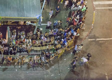 Vogelperspektive Inagural-Parade des Karnevals in Montevideo Uruguay Lizenzfreie Stockbilder