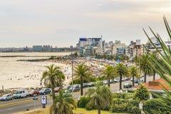 Vogelperspektive-Montevideo-Strand, Uruguay lizenzfreie stockbilder