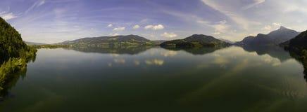 Vogelperspektive, Panorama von Mondsee, Österreich, Oberösterreich, Salzkammergut, lizenzfreie stockfotos