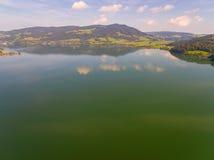Vogelperspektive, Panorama von Mondsee, Österreich, Oberösterreich, Salzkammergut, Lizenzfreie Stockfotografie
