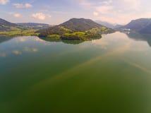 Vogelperspektive, Panorama von Mondsee, Österreich, Oberösterreich, Salzkammergut, Stockfotos