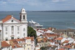 Vogelperspektive von Alfama-Bezirk in Lissabon Stockfotografie
