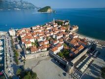 Vogelperspektive von altem Budva in Montenegro Lizenzfreies Stockfoto