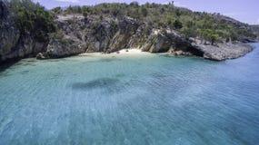 Vogelperspektive von Anguilla-Strand Lizenzfreie Stockbilder