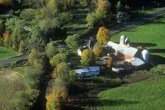 Vogelperspektive von Bauernhöfen neues Stowe auf szenischem Weg 100, VT Lizenzfreie Stockbilder