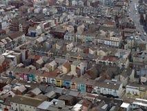 Vogelperspektive von Blackpool Straßen von typischen kleinen Hotels und von Gästehäusern zeigend stockbilder