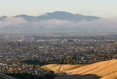 Vogelperspektive von Blenheim-Stadt in Neuseeland bei Sonnenuntergang Stockfotografie
