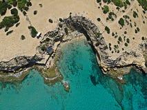 Vogelperspektive von Cala-escondida, Ibiza lizenzfreies stockfoto