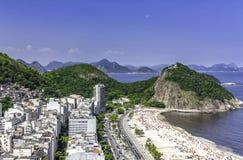 Vogelperspektive von Copacabana-Strand in Rio de Janeiro stockfoto