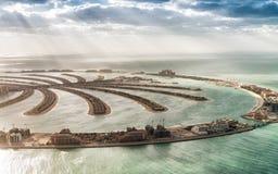 Vogelperspektive von Dubai-Palme Jumeirah-Insel, UAE stockbilder