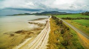 Vogelperspektive von Dunnaley-Bucht, Tasmanien Lizenzfreie Stockfotos