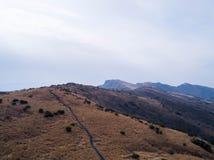 Vogelperspektive von Gebirgspfaden Stockfoto