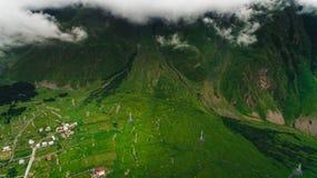 Vogelperspektive von grünem szenischem stockfotos
