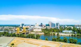 Vogelperspektive von im Stadtzentrum gelegenem Sacramento stockbilder