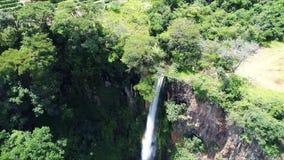 Vogelperspektive von Itambé-Wasserfall stock video footage