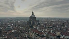 Vogelperspektive von Kathedralen- oder Duomodi Pavia der Stadt innerhalb des Stadtbilds Italien lizenzfreie stockfotos