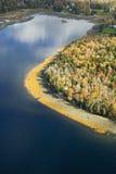 Vogelperspektive von kleinem See nahe Acadia-Nationalpark, Maine Lizenzfreie Stockbilder