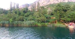 Vogelperspektive von Krka-Fluss stock footage