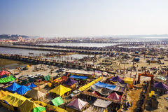 Vogelperspektive von Kumbh Mela Festival in Allahabad, Indien stockbild