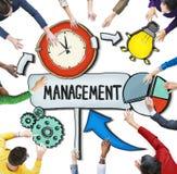 Vogelperspektive von Leuten und von Zeit-Management-Konzepten Stockbild