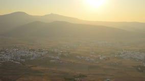 Vogelperspektive von lokalen Dörfern in Paros-Insel in Griechenland stock footage