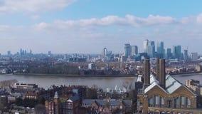 Vogelperspektive von London-Stadt-Gesamtlänge stock footage