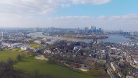 Vogelperspektive von London-Stadt-Gesamtlänge stock video footage