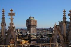 Vogelperspektive von Mailand mit Torre Velasca von der Duomodachterrasse Stockfoto
