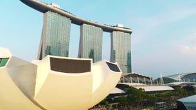 Vogelperspektive von Marina Bay Sands Singapore schu? Vogelperspektive von Singapur-Stadt-Skylinen mit Marina Bay Sands stock footage