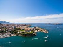 Vogelperspektive von Marseille-Pier - Vieux-Hafen, Heilig-Jean-Schloss, a lizenzfreie stockfotos