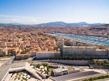Vogelperspektive von Marseille-Pier - Vieux-Hafen, Heilig-Jean-Schloss, a lizenzfreie stockfotografie
