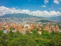 Vogelperspektive von Medellin von Nutibara-Hügel Stockbilder