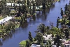 Vogelperspektive von Mexikaner Xochimilco-Kanal Lizenzfreie Stockbilder