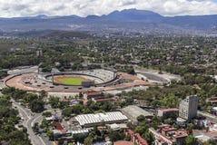 Vogelperspektive von Mexiko- Cityuniversität das Olympiastadion Stockfotografie
