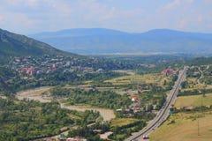 Vogelperspektive von Mtskheta, Stadt mit vielen Stockfotos