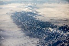 Vogelperspektive von Nevada-Wüste und -Gebirgsrücken stockfoto