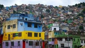 Vogelperspektive von Rio-` s Rocinha favela, an einem sonnigen Nachmittag stockfoto