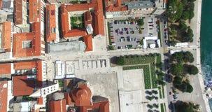 Vogelperspektive von Roman Forum und von Kalelarga in Zadar, Kroatien stock video