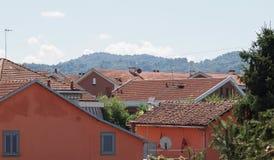 Vogelperspektive von roofscape Settimo Torinese stockbilder