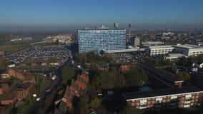 Vogelperspektive von Rumpf-Hochschuluniversitätskliniken NHS-Vertrauen stock video footage