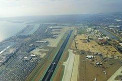 Vogelperspektive von San Diego-Flughafen Stockbild